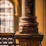 Gusseiserne Stützpfeiler im Treppenhaus der Cumberlandschen Galerie Hannover